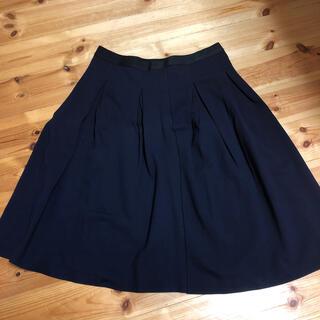 ユニクロ(UNIQLO)のユニクロネイビースカート(ひざ丈スカート)