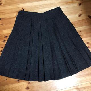 プリーツウールスカート(ひざ丈スカート)