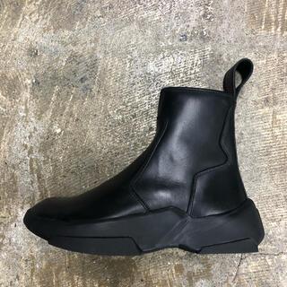 ユリウス(JULIUS)のJULIUS SIDE ZIP BOOTS(ブーツ)