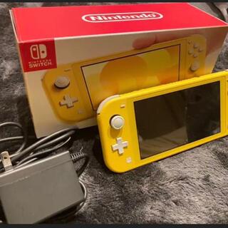 ニンテンドースイッチ(Nintendo Switch)のNintendo Switch NINTENDO SWITCH LITE イエ…(携帯用ゲーム機本体)