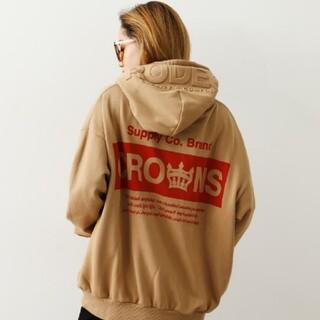 ロデオクラウンズワイドボウル(RODEO CROWNS WIDE BOWL)の新品ベージュ※早い者勝ちノーコメント即決しましょう❗️ご決断お急ぎください…(パーカー)