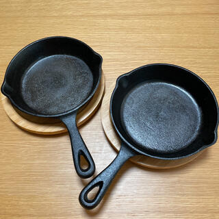 ニトリ(ニトリ)のニトリスキレット15cm &木台 2セット(鍋/フライパン)