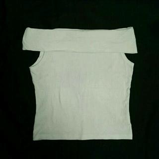 エルバ(ERBA)のホワイトオフショルダー白(カットソー(半袖/袖なし))