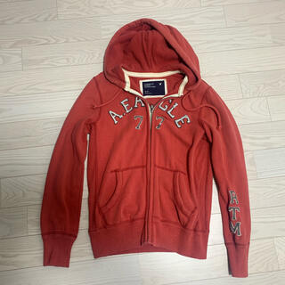 アメリカンイーグル(American Eagle)のアメリカンイーグルLサイズ赤レッドパーカー美品(パーカー)