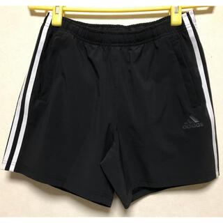 アディダス(adidas)のadidas 最新作新品 3本線 ショートパンツ ポケットチャック付 Lサイズ(ショートパンツ)