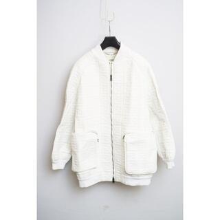 フェンディ(FENDI)のFENDI フェンディ ロゴエンボス レザージャケット 羊革 40(ブルゾン)