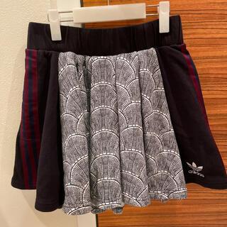 アディダス(adidas)のadidas スポーティスカート(ミニスカート)