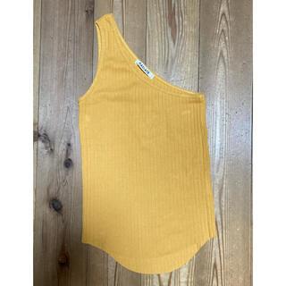スコットクラブ(SCOT CLUB)のタンクトップニットキャミソール 黄色 方肩(タンクトップ)