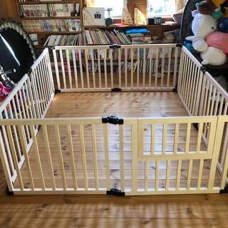 超美品❗️ 日本育児 木製 ベビーサークル123 ホワイト 8枚(ベビーサークル)