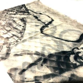 シャネル(CHANEL)のシャネル 大判ストール ファッション小物 カシミア ブラック×ベージュ(ストール/パシュミナ)