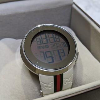 Gucci - グッチ gucci アイグッチ i-gucci デジタル 腕時計 ホワイト
