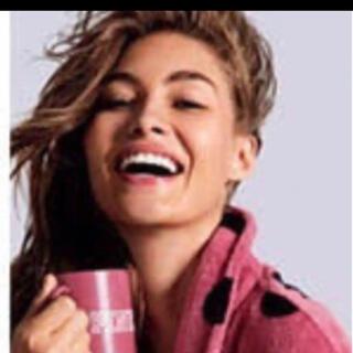 ヴィクトリアズシークレット(Victoria's Secret)の新品 ヴィクトリアシークレット マグカップ ピンク(グラス/カップ)