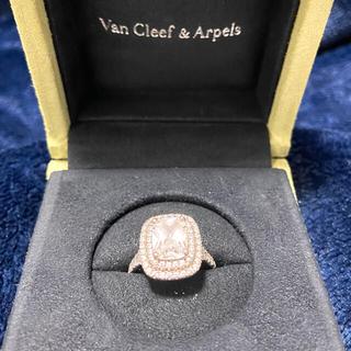 ヴァンクリーフアンドアーペル(Van Cleef & Arpels)のモアサナイトジュエリー リング(リング(指輪))