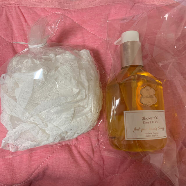 Laline(ラリン)のラリン シャワーオイル コスメ/美容のボディケア(ボディソープ/石鹸)の商品写真