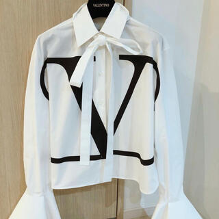 ヴァレンティノ(VALENTINO)のVARENTINOシャツ(シャツ/ブラウス(長袖/七分))