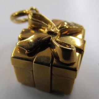 Tiffany & Co. -  K18 ティファニー ボックス チャーム ペンダントトップ