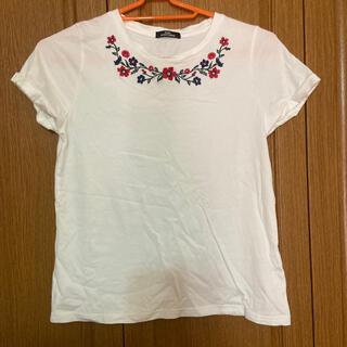アベイル(Avail)のレディース刺繍Tシャツ(Tシャツ(半袖/袖なし))