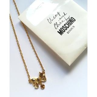 モスキーノ(MOSCHINO)の【上質◆MOSCHINO モスキーノ】リボンネックレス ペンダント(ネックレス)