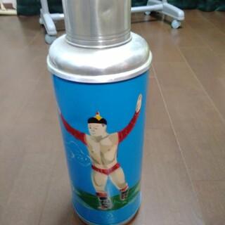レトロな魔法瓶(モンゴル相撲の絵柄)(その他)