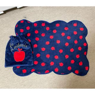 ラデュレ(LADUREE)の【Laduree】ひざ掛け毛布(おくるみ/ブランケット)