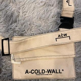 オフホワイト(OFF-WHITE)のA-COLD-WALL ショルダーバッグ(ショルダーバッグ)