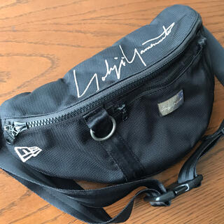 ヨウジヤマモト(Yohji Yamamoto)のヨウジヤマモト ニューエラ y-3 yohjiyamamoto バッグ(ボディーバッグ)