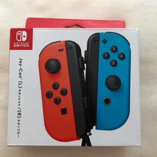 ニンテンドースイッチ(Nintendo Switch)の【新品未使用】Nintendo JOY-CON (L)/(R) レッド/ブルー(その他)