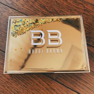 ボビイブラウン(BOBBI BROWN)の限定色!BOBBI BROWNハイライト&グロウハイライディングパウダーデュオ(フェイスカラー)