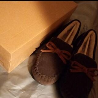 ミネトンカ(Minnetonka)のミネトンカ モカシン 靴 茶色(ローファー/革靴)