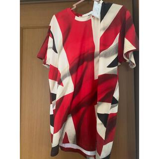 イレブンパリ(ELEVEN PARIS)のELEVENPARIS T-シャツ Mサイズ(Tシャツ/カットソー(半袖/袖なし))