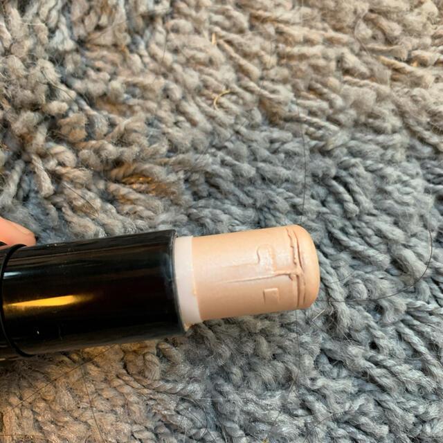Yves Saint Laurent Beaute(イヴサンローランボーテ)のイヴサンローラン ハイライト ラディアント タッチ シマー スティック コスメ/美容のベースメイク/化粧品(その他)の商品写真