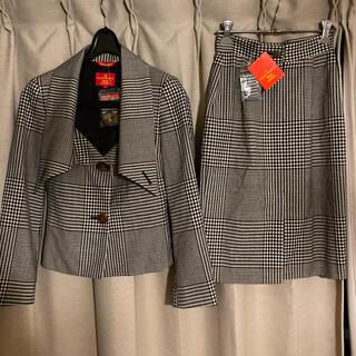 ヴィヴィアンウエストウッド(Vivienne Westwood)のヴィヴィアンウエストウッド レッドレーベル セットアップ (スーツ)
