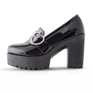 ロジータ(ROJITA)のROJITA ♡ ハートバックルハイヒールローファー(ローファー/革靴)
