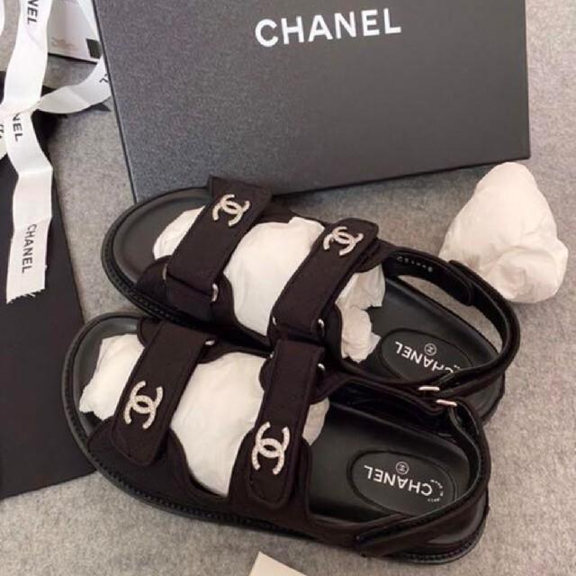 CHANEL(シャネル)のCHANEL シャネル フットベットサンダル スポーツサンダル サンダル レディースの靴/シューズ(サンダル)の商品写真