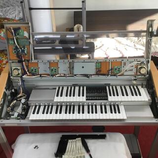 ヤマハ(ヤマハ)のエレクトーン01鍵盤綺麗沢山弾かれてない5年製自信を持ってお勧めできます全国発送(エレクトーン/電子オルガン)