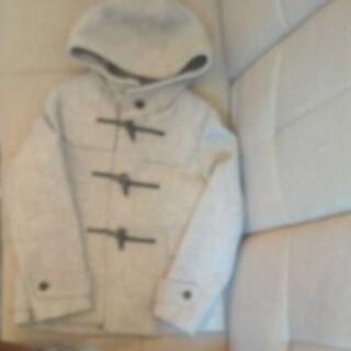 ジーユー(GU)のGUのコート(状態良好・美品)Sサイズ(ピーコート)