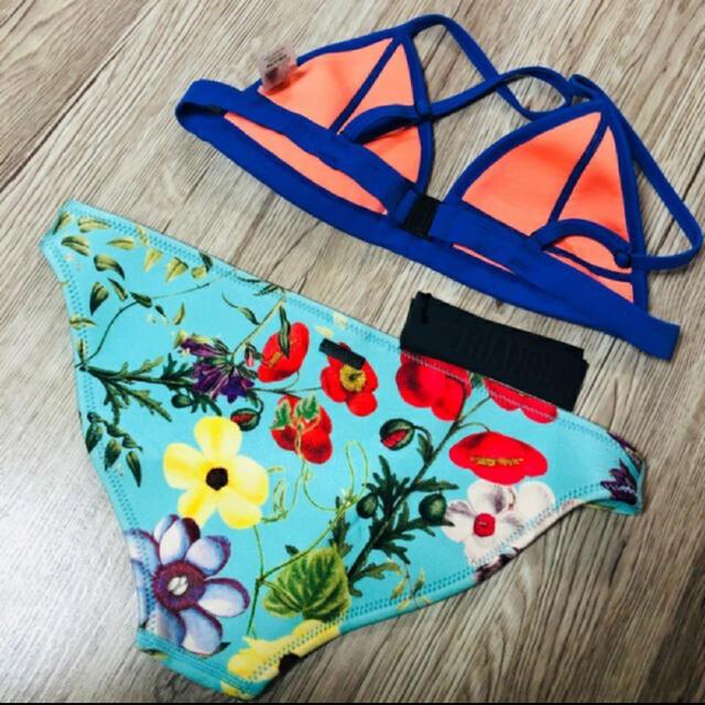 Roxy(ロキシー)のトライアングル インポートビキニ 水着 レディースの水着/浴衣(水着)の商品写真