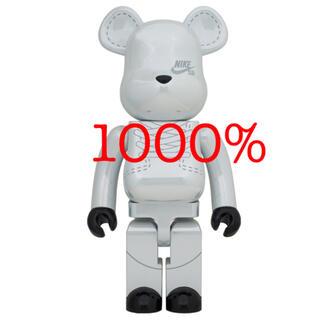 メディコムトイ(MEDICOM TOY)の【コダツノ様専用】BE@RBRICK NIKE SB 2020 1000%(その他)