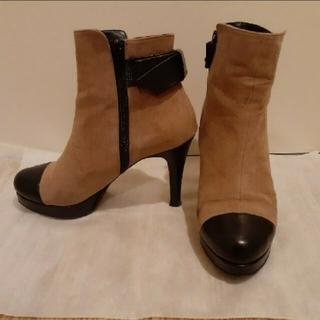 ダイアナ(DIANA)のDIANA バイカラーショートブーツ(ブーツ)