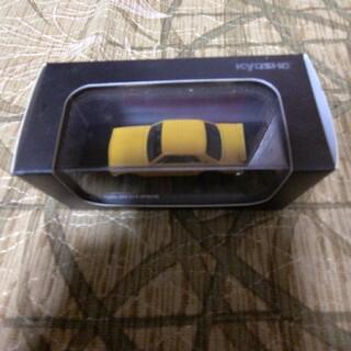 1/64 ニッサン スカイライン GT-R KPGC10 オレンジ  (ミニカー)