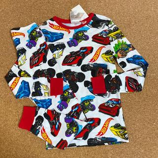 エイチアンドエム(H&M)の新品タグ付き135〜140長袖パジャマ 車柄 H&M.10(パジャマ)