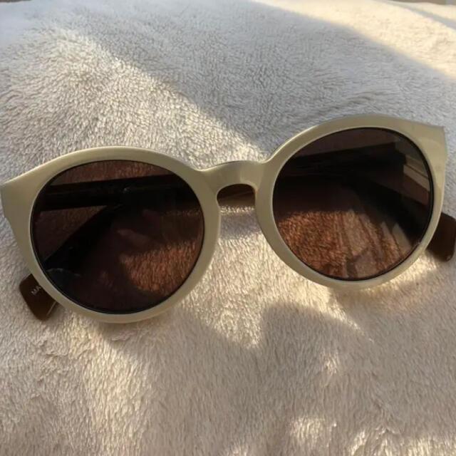 ZARA(ザラ)のサングラス ホワイト レディースのファッション小物(サングラス/メガネ)の商品写真