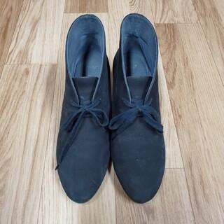 アシックス(asics)のスエードショートブーツ(黒)(ブーツ)