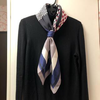 トゥモローランド(TOMORROWLAND)のプリントシルクスカーフ(バンダナ/スカーフ)