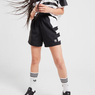 アディダス(adidas)のadidas originals アディダス オリジナルス  ショートパンツ(ショートパンツ)