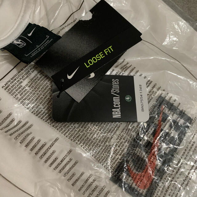 NIKE(ナイキ)のKith Nike New York Knicks L/S Tee メンズのトップス(Tシャツ/カットソー(七分/長袖))の商品写真