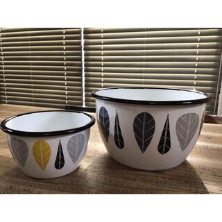 マリメッコ(marimekko)のmuurla  ホーローボウル M &Lセット(調理道具/製菓道具)