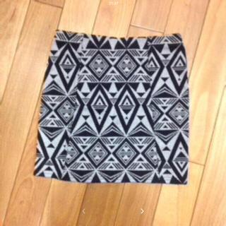 アズールバイマウジー(AZUL by moussy)のアズールバイマウジー 新品未使用 スカート(ひざ丈スカート)
