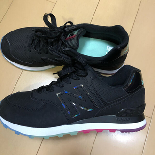 ニューバランス(New Balance)のNEW BALANCE WL574SOO BLACK × RAINBOW(スニーカー)