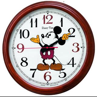 ディズニー(Disney)のセイコー製 ディズニー ミッキー電波掛時計 定価30,000円 FW582B(掛時計/柱時計)